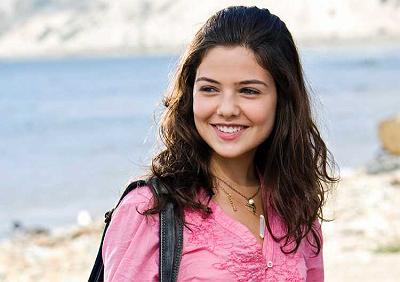 Star Struck Danielle Campbell :: Movies :: MyNiceProfile.com