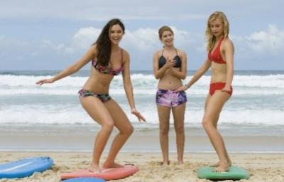 alien surf girls