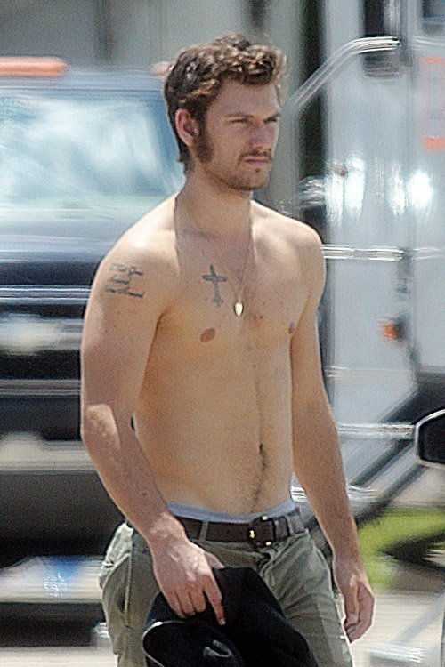 Alex Pettyfer Sexy Celebrities Myniceprofile Com