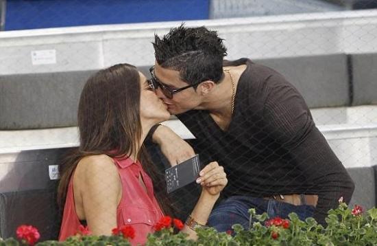 Kisses Comments Pictures